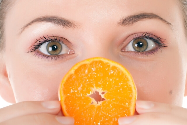 vitamina c ajuda colageno atuar pele