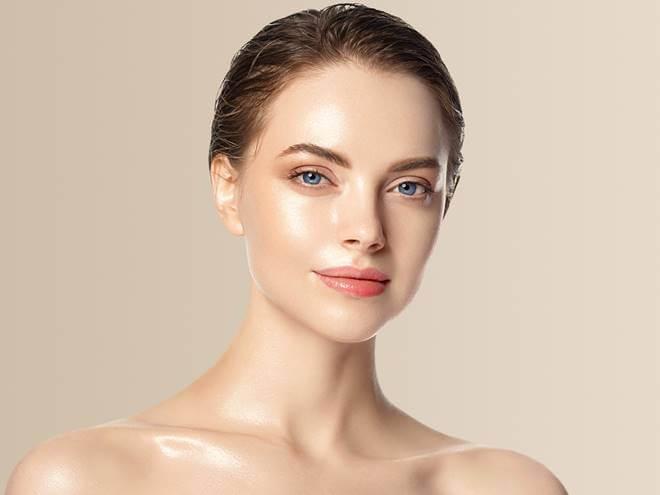 mulher com pele firme 1