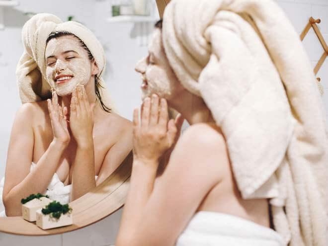 benefícios do esfoliante facial